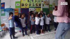 La torcia olimpica tra i bambini delle favelas