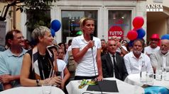 Rio: Dallape' commossa tra la folla a Trento