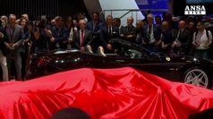 Debutta a Parigi Ferrari GTC4Lusso T