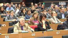 Parlamento Ue 'cambiare Dublino'. No M5S, Lega astenuta
