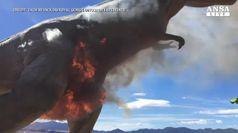 Tyrannosaurus Rex avvolto dalle fiamme