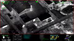 Usa, poliziotti uccidono un nero disarmato