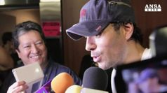 Bagno di folla per Enrique Iglesias a Cuba