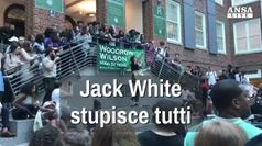 Sorpresa alla Woodrow High di Washington, spunta Jack White
