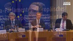 Zuckerberg si scusa col Parlamento Ue