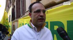 Senza cibo 2,7 mln italiani, ma ne buttiamo 16 mld euro