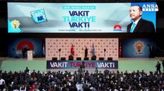 Domenica la Turchia al voto, Erdogan cerca lo sprint
