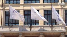 Fca: bandiere a mezz'asta al Lingotto