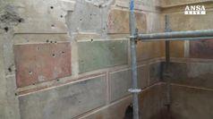 Finti marmi e decori, a Pompei scoperta la Casa Vintage