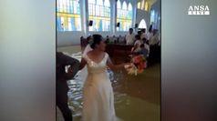 Il monsone? Non ferma il matrimonio