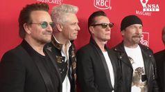 Bono perde la voce durante concerto