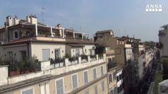 Soldi e auto per ottenere case popolari a Roma