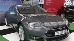 Tesla crolla in Borsa, teme futuro senza Elon Musk