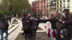 Spagna, tensioni alla manifestazione per Franco