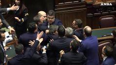Manovra: caos alla Camera, oggi il voto di fiducia