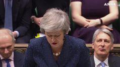 May strappa fiducia Tory e salva sua Brexit dal baratro