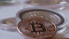 Nel 2018 boom per le monete virtuali ma valore e' crollato