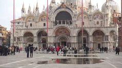 'Palloncini' per difendere San Marco a Venezia