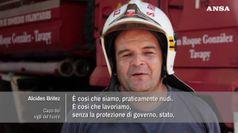 Pompieri del Paraguay senza veli, per raccogliere fondi