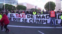 Tassisti in 'rivolta' a Madrid e Barcellona