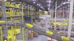 Boom utili per Amazon ma non deve pagare tasse federali