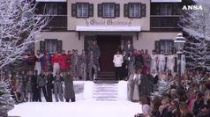 Alla sfilata di Chanel un minuto di silenzio per Lagerfeld