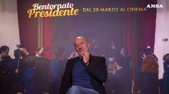 Claudio Bisio alla guida dell'Italia