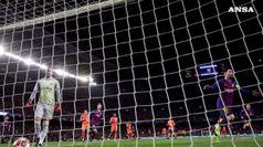 Champions League, Barcellona e Liverpool ai quarti di finale