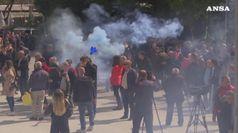 Albania, l'opposizione torna in piazza