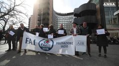 Ncc protestano a Roma, governo intervenga
