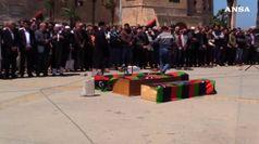 Libia, Haftar bombarda Tripoli. Sarraj accusa: