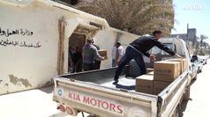 Libia, distribuiti aiuti agli sfollati