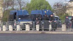 Gilet gialli, vietate proteste a Notre-dame e Champs elysees