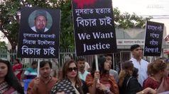 Orrore in Bangladesh, bruciata viva dopo denuncia molestie