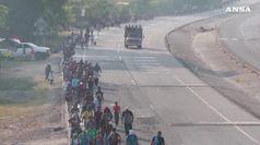 Ronde di milizie anti migranti al confine messicano