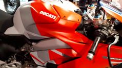 Moto: Ducati raddoppia a Roma, ecco il nuovo store ufficiale
