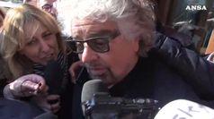 Grillo attacca Salvini: lo manderei a calci a lavorare