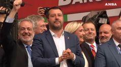 I sovranisti a Milano, leader Lega: estremista chi guida l'Ue