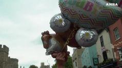 A Windsor il banditore annuncia la nascita del Royal baby