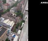 Cina: edificio collassa a Shanghai, 5 morti accertati
