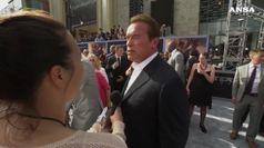 Schwarzenegger aggredito con un calcio alla schiena