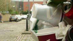 Dal 2021 banditi piatti, posate e cannucce di plastica