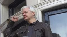 Contro Assange 17 capi d'accusa