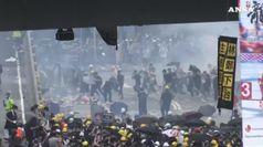 Rivolta a Hong Kong contro legge voluta da Cina