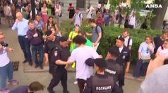 Russia, almeno 549 fermi al corteo per Golunov