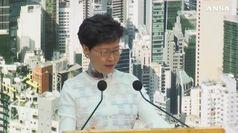Hong Kong, il governo cede e blocca la legge