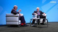 Boris Johnson sulla graticola