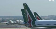 Piu' tempo per Alitalia. 467mln cassa, allarme sindacati