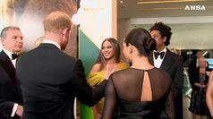 Meghan e Harry alla premiere, l'incontro con Beyonce'