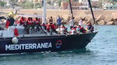 Migranti: a Malta i 65 della Alan Kurdi, indagati capi Alex